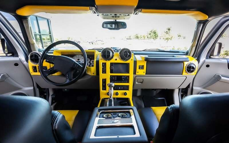 Продается «самый крутой» Hummer H2