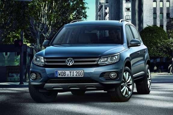 Volkswagen Tiguan front view