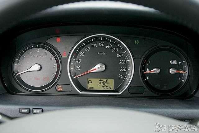 Hyundai NF, Hyundai Sonata. Налигу выше— фото 59052