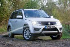 Suzuki-Grand_Vitara_2013_1600x1200_wallpaper_02