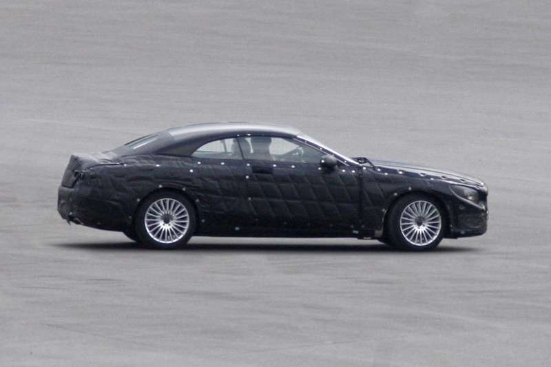 Mercedes-Benz S-class Cabriolet test prototype side view_no_copyright