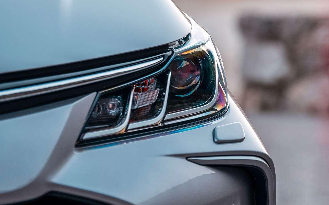Новая Toyota Corolla: почти Camry (ипоцене тоже)— фото 963264