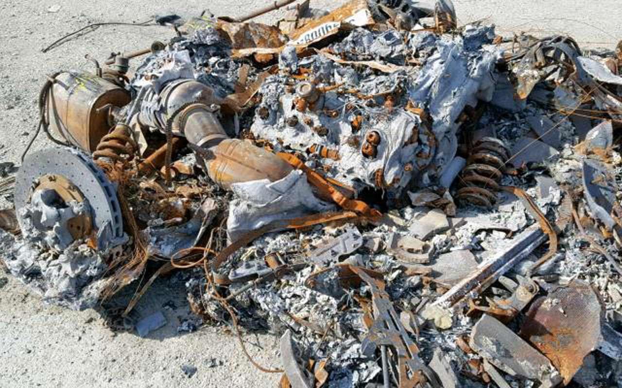 Жадность 80lvl: сгоревший дотла Ferrari выставлен напродажу— фото 1002282