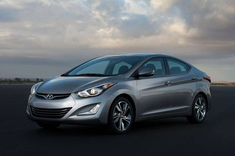 Hyundai-Elantra_Sedan_2014_1600x1200_wallpaper_04