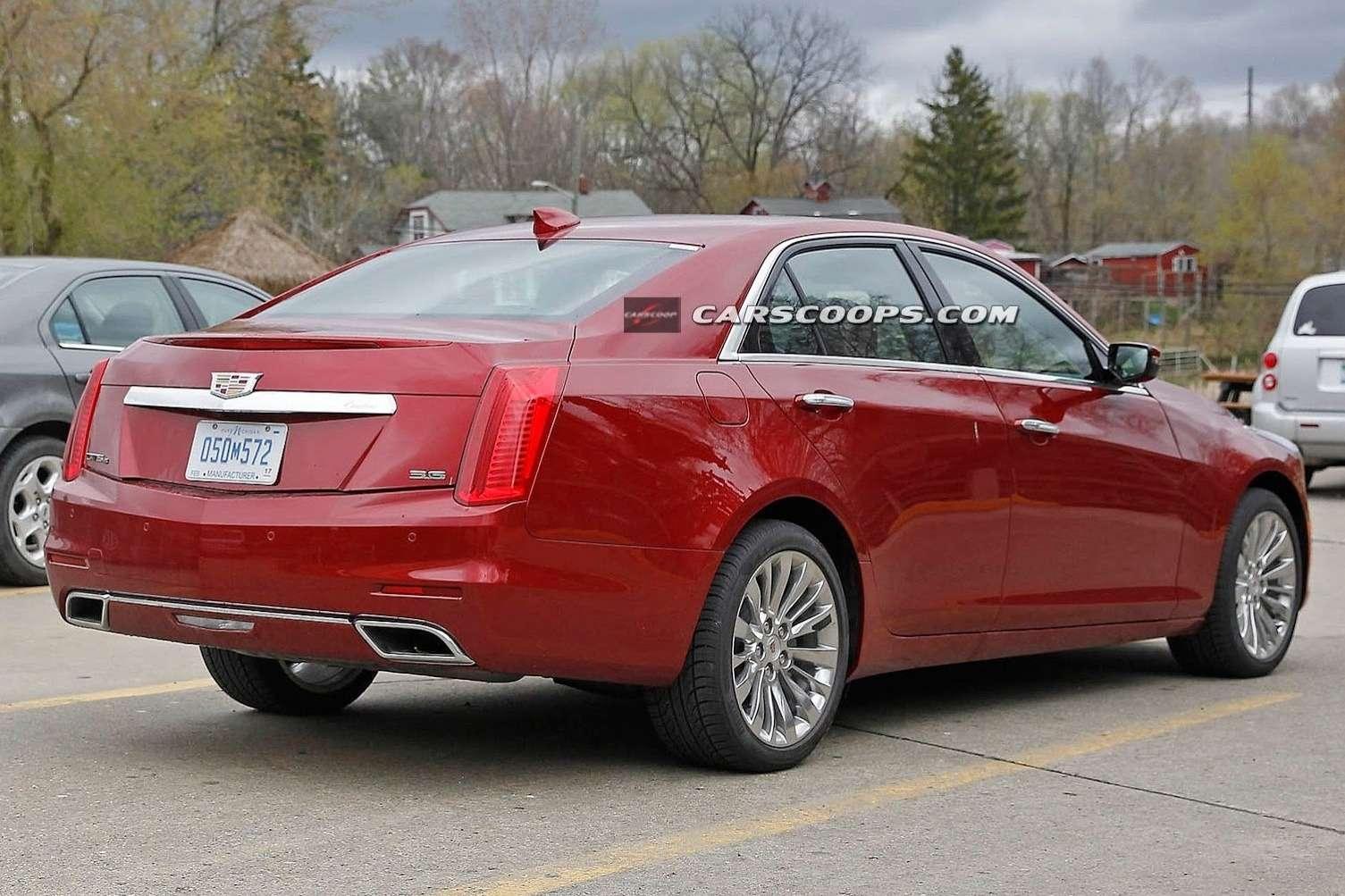 2015-Cadillac-CTS-Sedan-2[4]