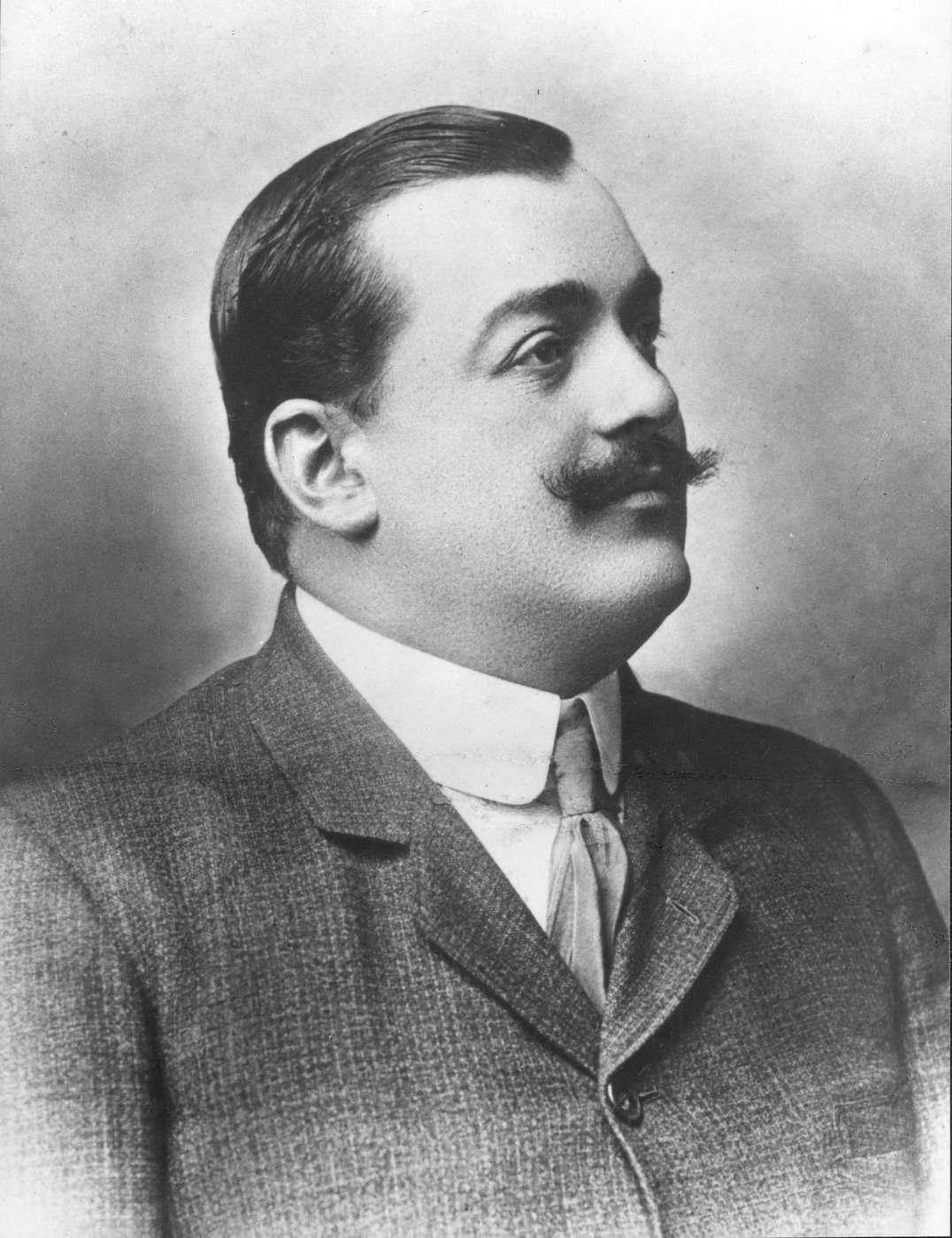 Преуспевающий автомобильный промышленник Винченцо Лянча (24.08.1881— 15.02.1937гг.)