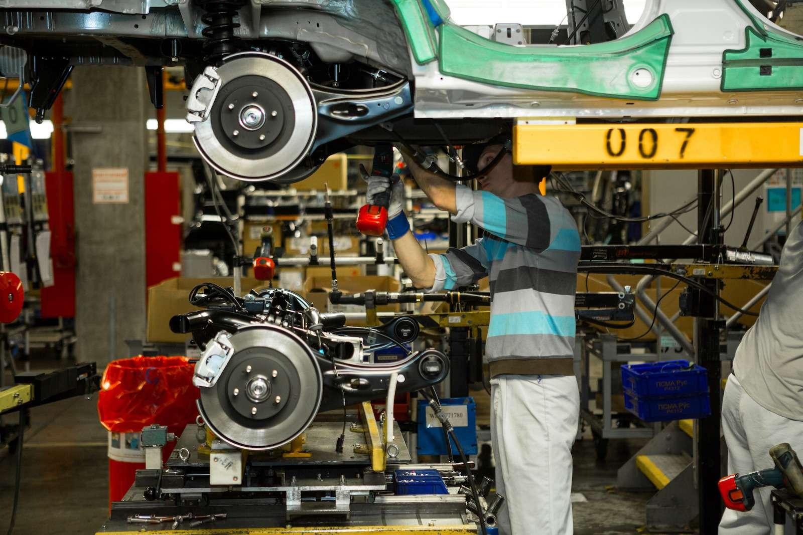 Почему локализованные вКалуге автомобили недешевеют— фото 573408