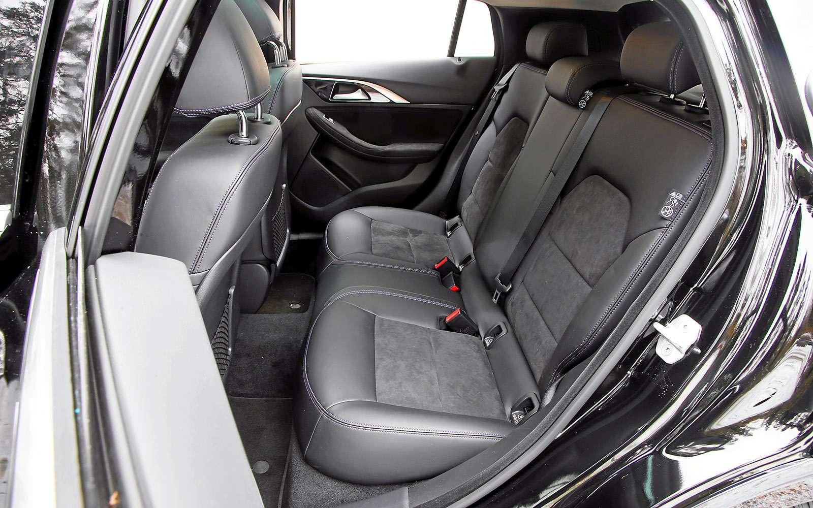 VWGolf GTI против Infiniti Q30—  кто любит погорячее— фото 710212