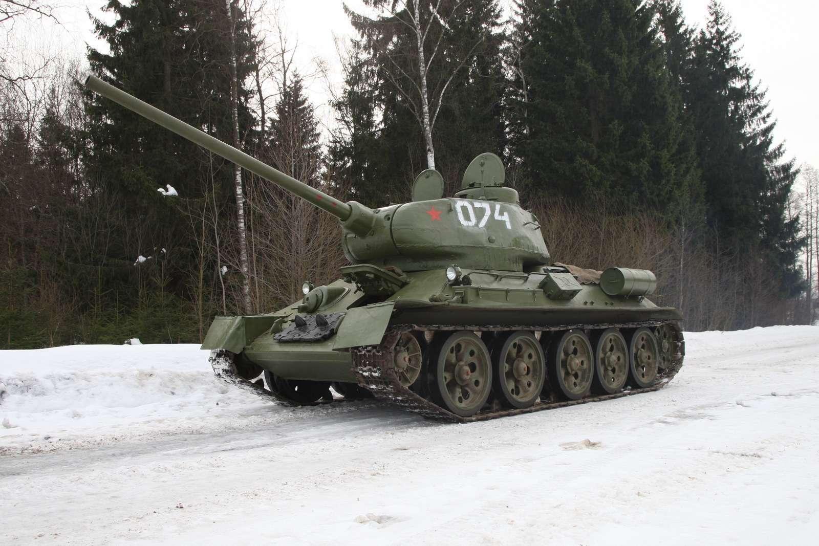 Танк Т-34: огнем иманевром— фото 684016