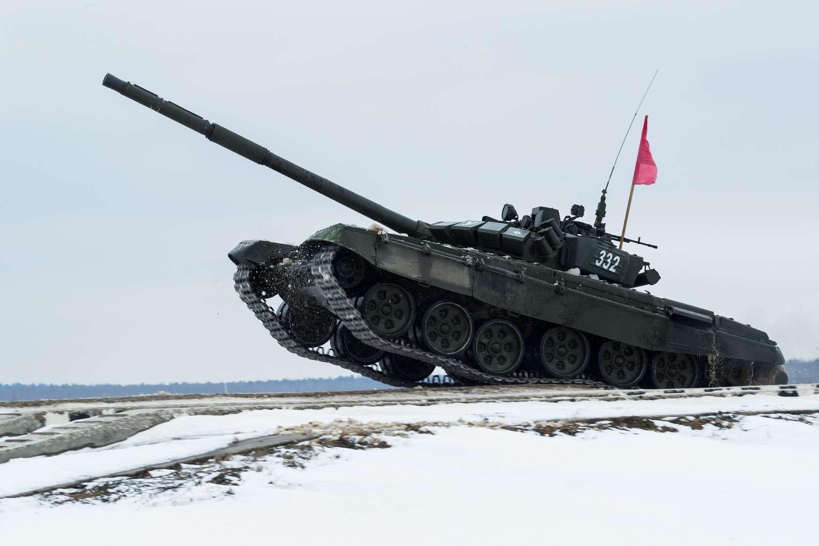 T-72B3_7