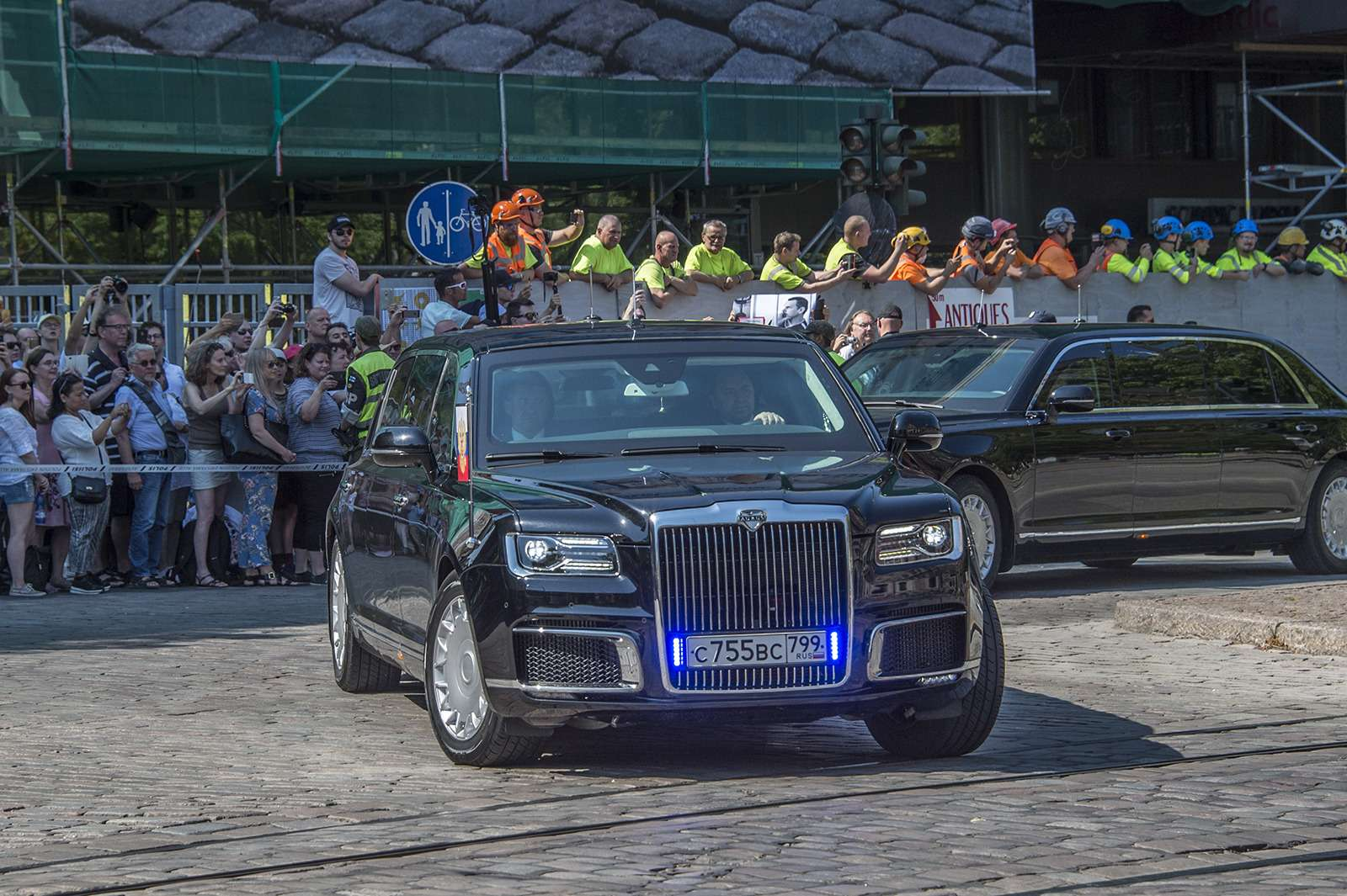 10автомобилей мировых лидеров: Аурус, «Зверь» идругие— фото 922531