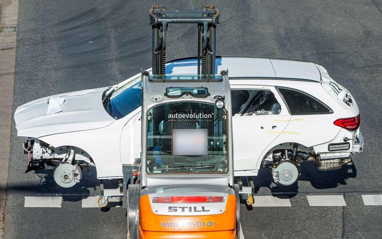 Универсал Mercedes-Benz С-класса: первые фото— фото 1200805