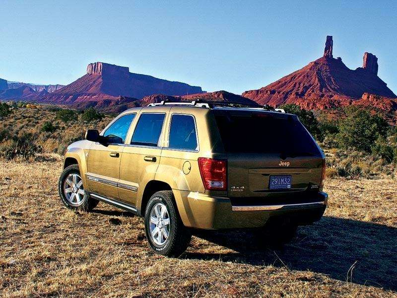 Презентация Jeep Cherokee, Jeep Commander: Время разбрасывать камни— фото 91307