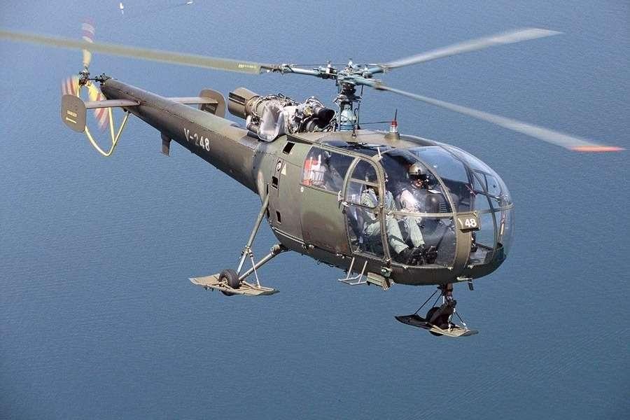 Французский вертолет Alouette оснащался таким жедвигателем, что ирекордный Renault