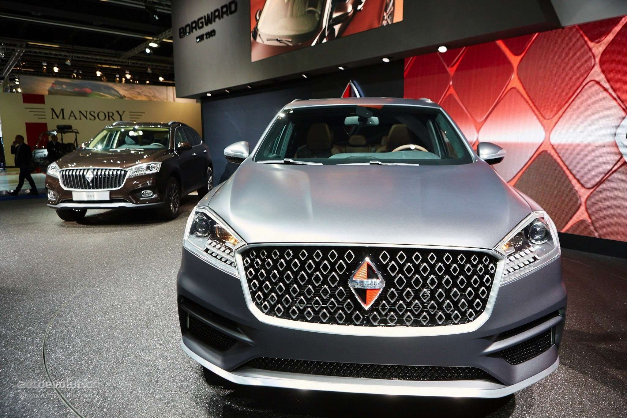 borgward-is-officially-back-with-its-bx7-suv-in-frankfurt-live-photos_21