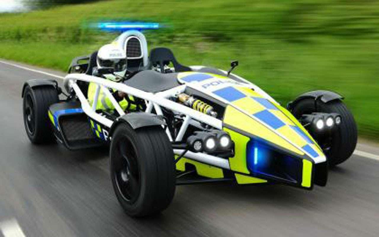 Топ-22 лучших ихудших полицейских автомобилей мира— фото 983532