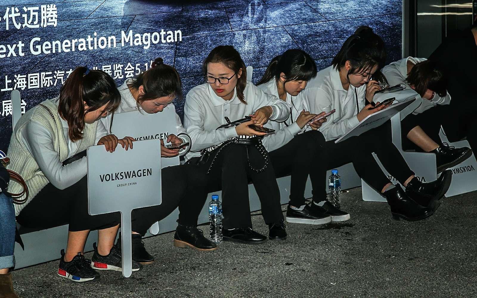 China inYour eyes: цепляющий взгляд девушек Шанхая— фото 739466