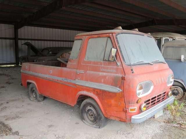 Бывший дальнобойщик решил продать свою коллекцию из700 машин— фото 702179