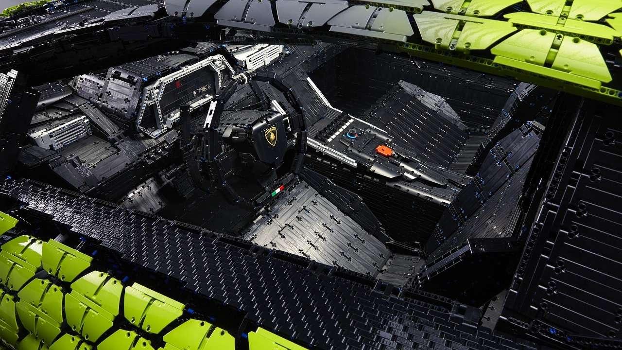 В Lamborghini построили гиперкар изконструктора Lego— фото 1252609