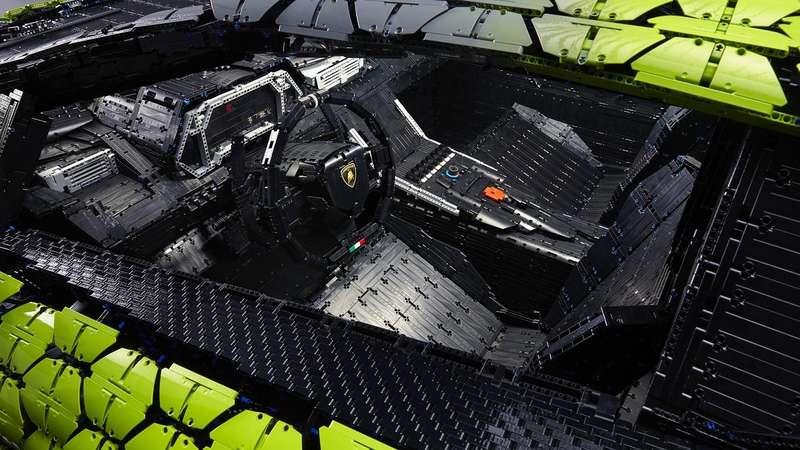 В Lamborghini построили гиперкар изконструктора Lego