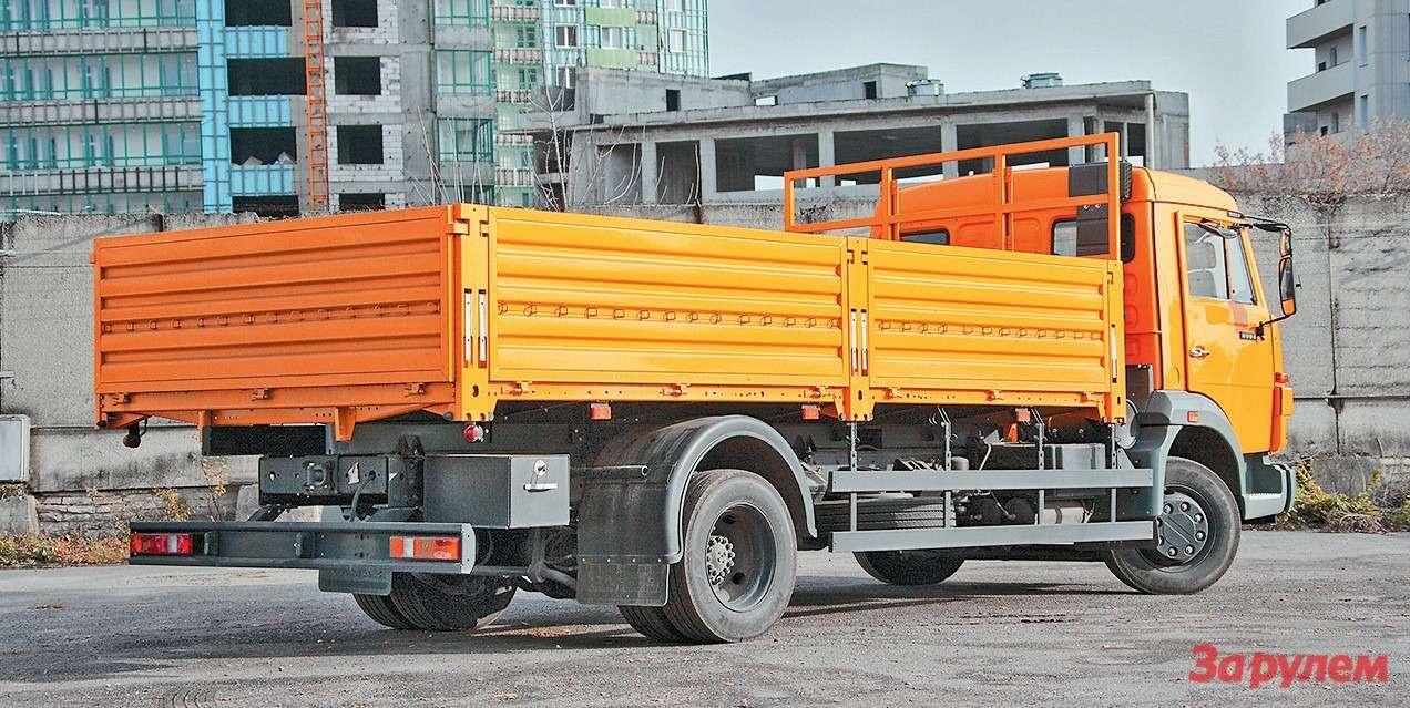 Самая распространенная надстройка наКАМАЗ-4308— тентованная бортовая  платформа ипромтоварный фургон. Заводу надо увеличивать длину кузова