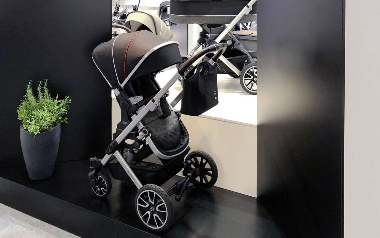 В Mercedes-Benz сделали коляску длямладенцев— фото 918577