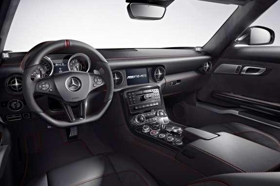 Mercedes-Benz SLS AMG inside 3