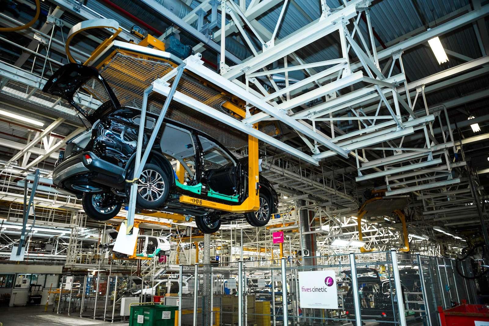 Почему локализованные вКалуге автомобили недешевеют— фото 573419