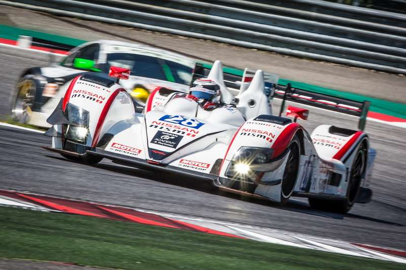 James Littlejohn (GBR) / Anthony Wells (GBR) / James Walker (GBR) driving the #28 LMP2 Greaves Motorsport (GBR) Zytek Z11SN-Nissan