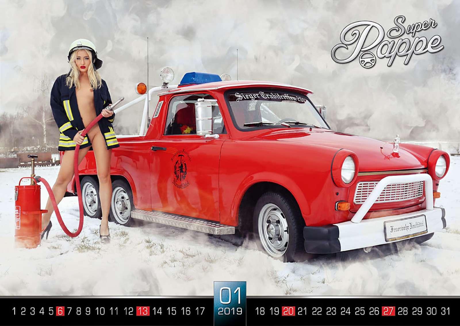 «Траби» иобнаженные девушки: самый горячий эротический календарь осени— фото 911099