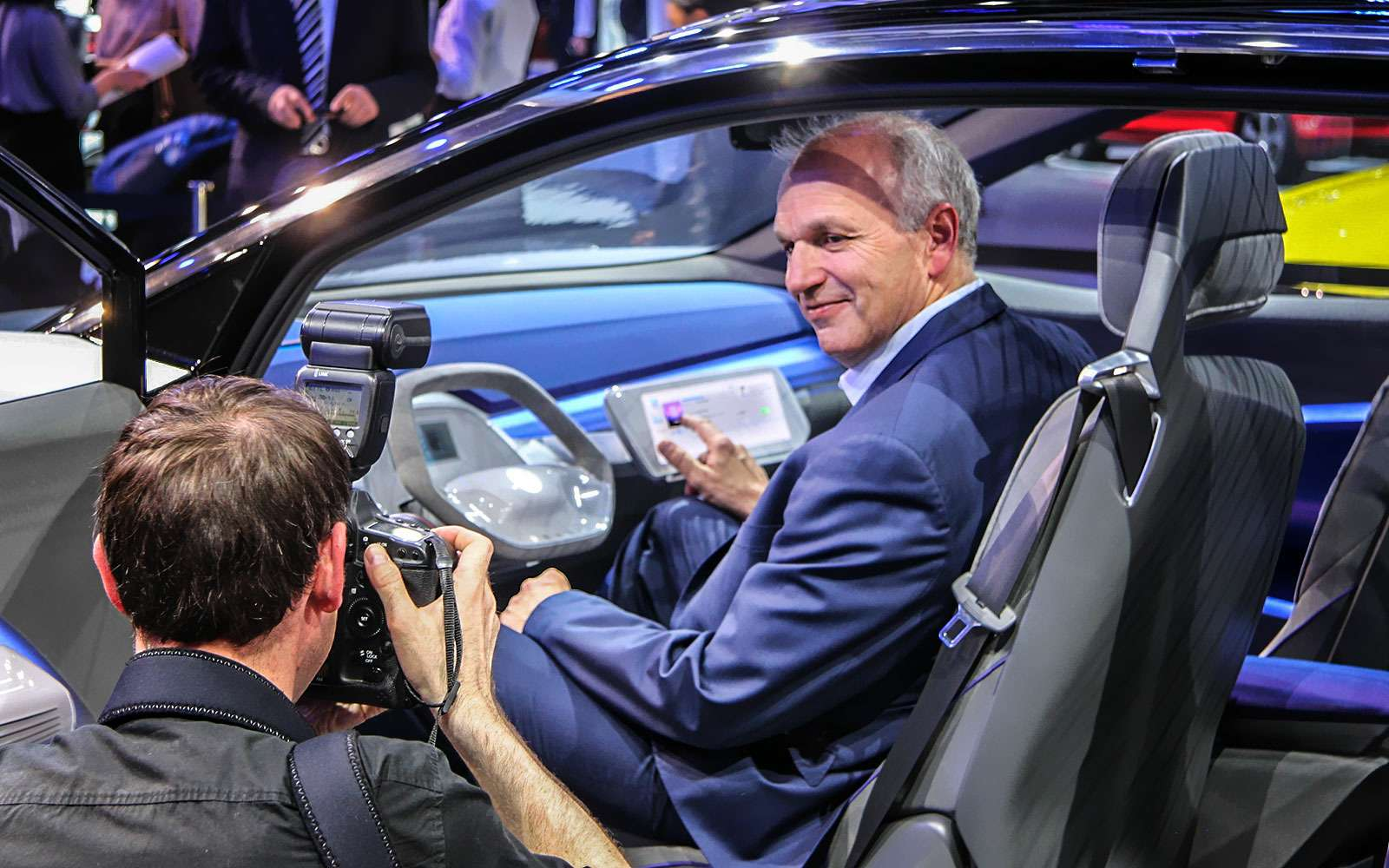 Новый Tiggo 5, будущая Camry идругие: онлайн-трансляция сШанхайского автосалона— фото 739211