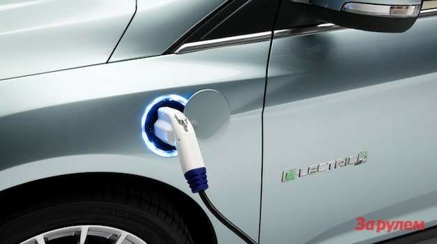 ford_focus_electric_charging