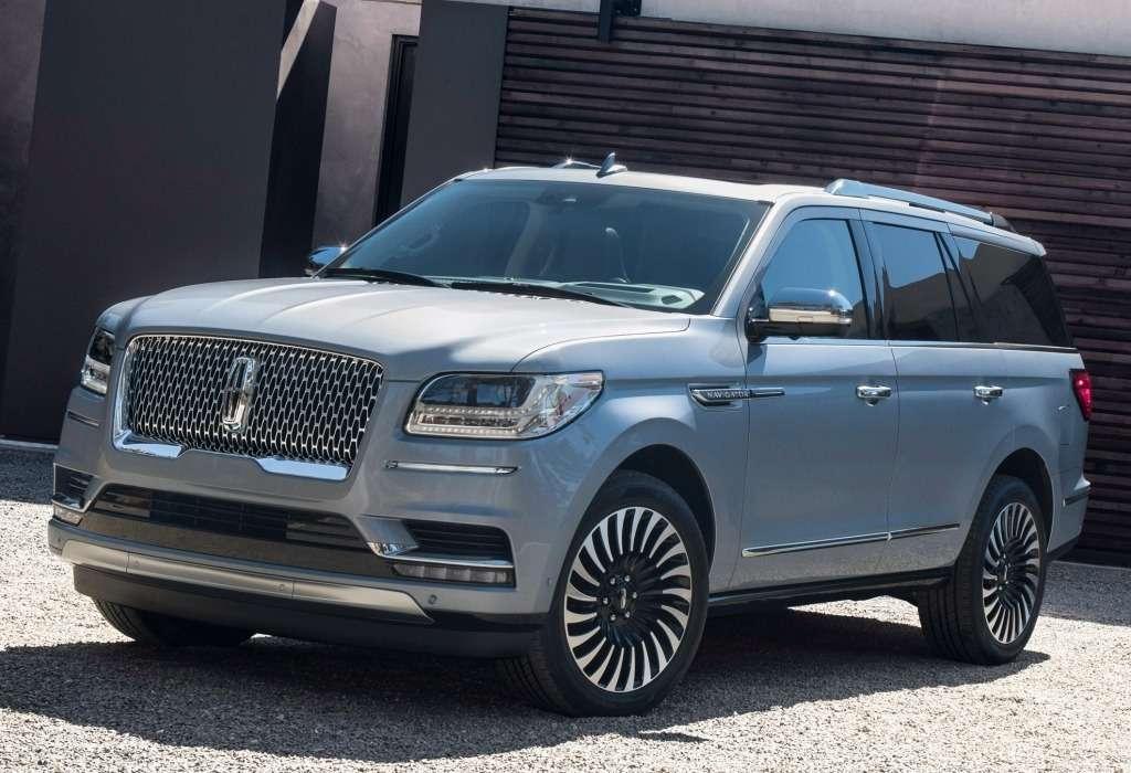 Концептуальная реальность: дебютировал новый Lincoln Navigator— фото 735632