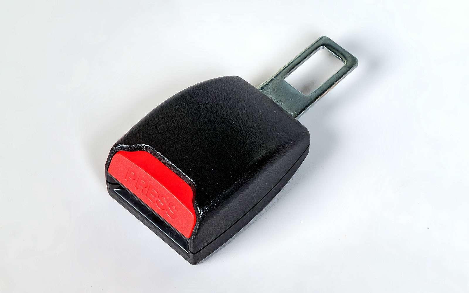 Заглушка дляремня безопасности
