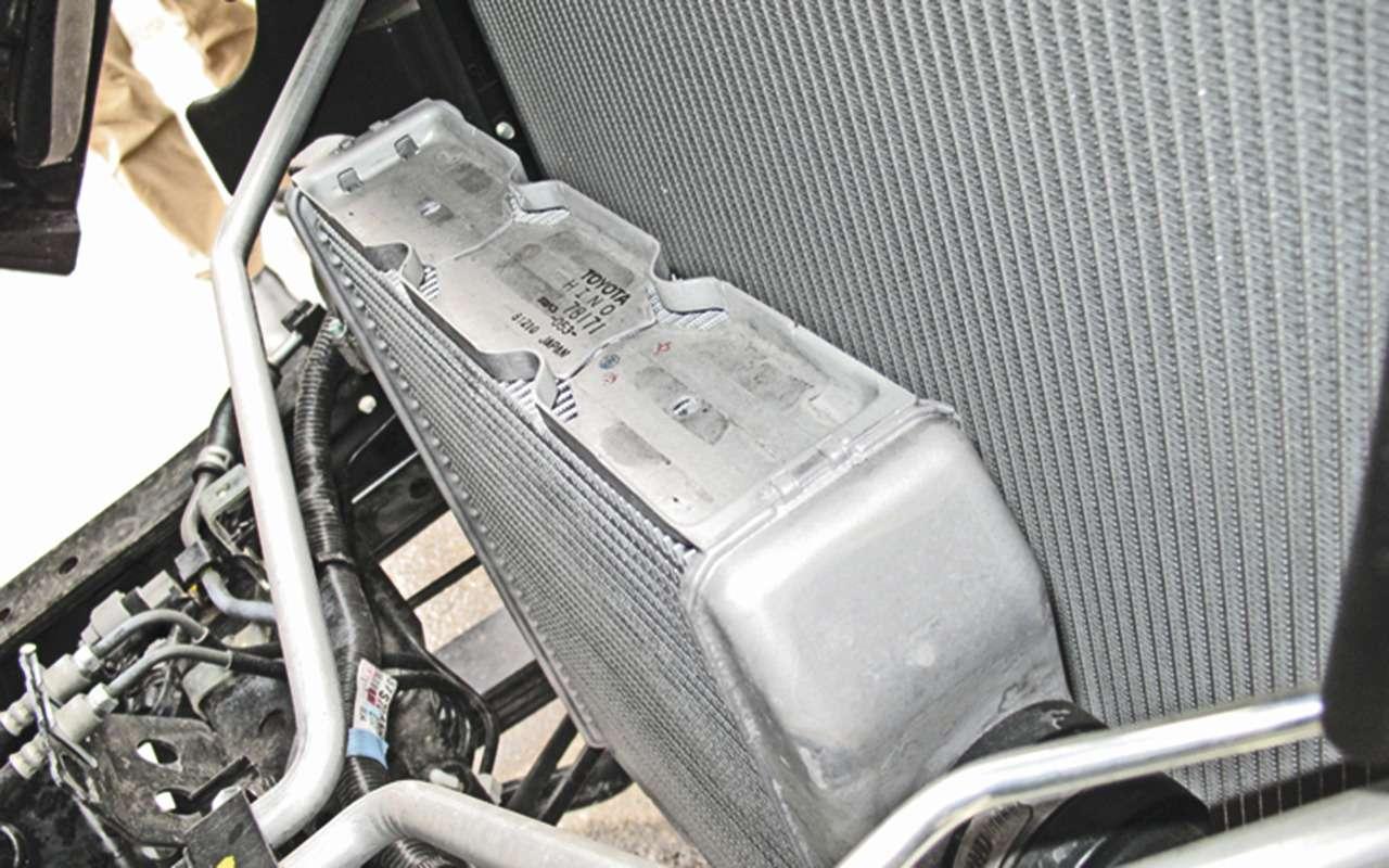 Обновленный HINO 300— теперь савтоматической коробкой— фото 1278524