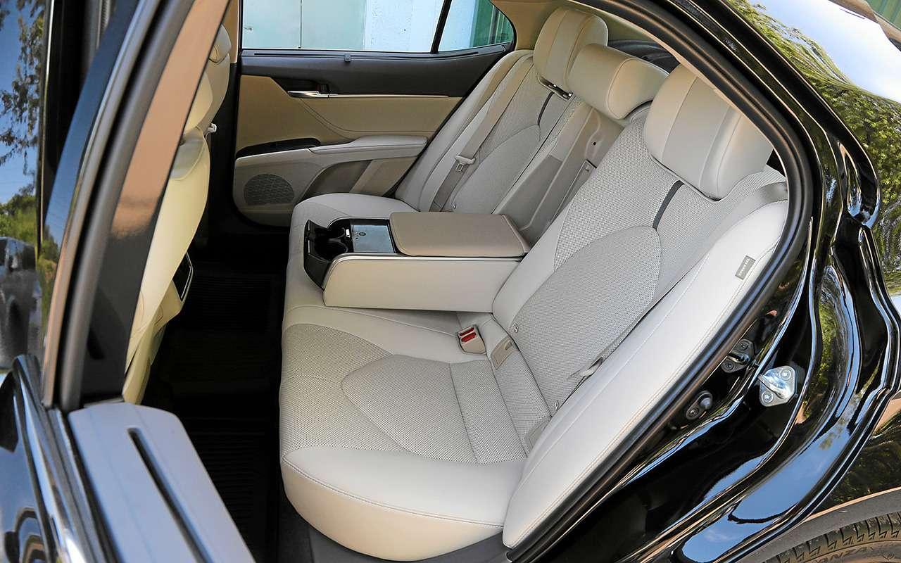 Новая Toyota Camry лучше Kia K5? Ида, инет— фото 1251804