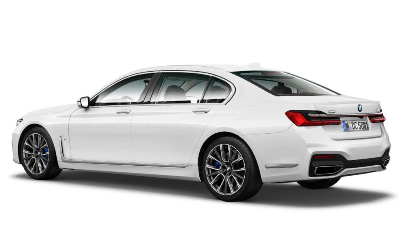 Обновленную «семерку» BMW рассекретили допремьеры— фото 938718