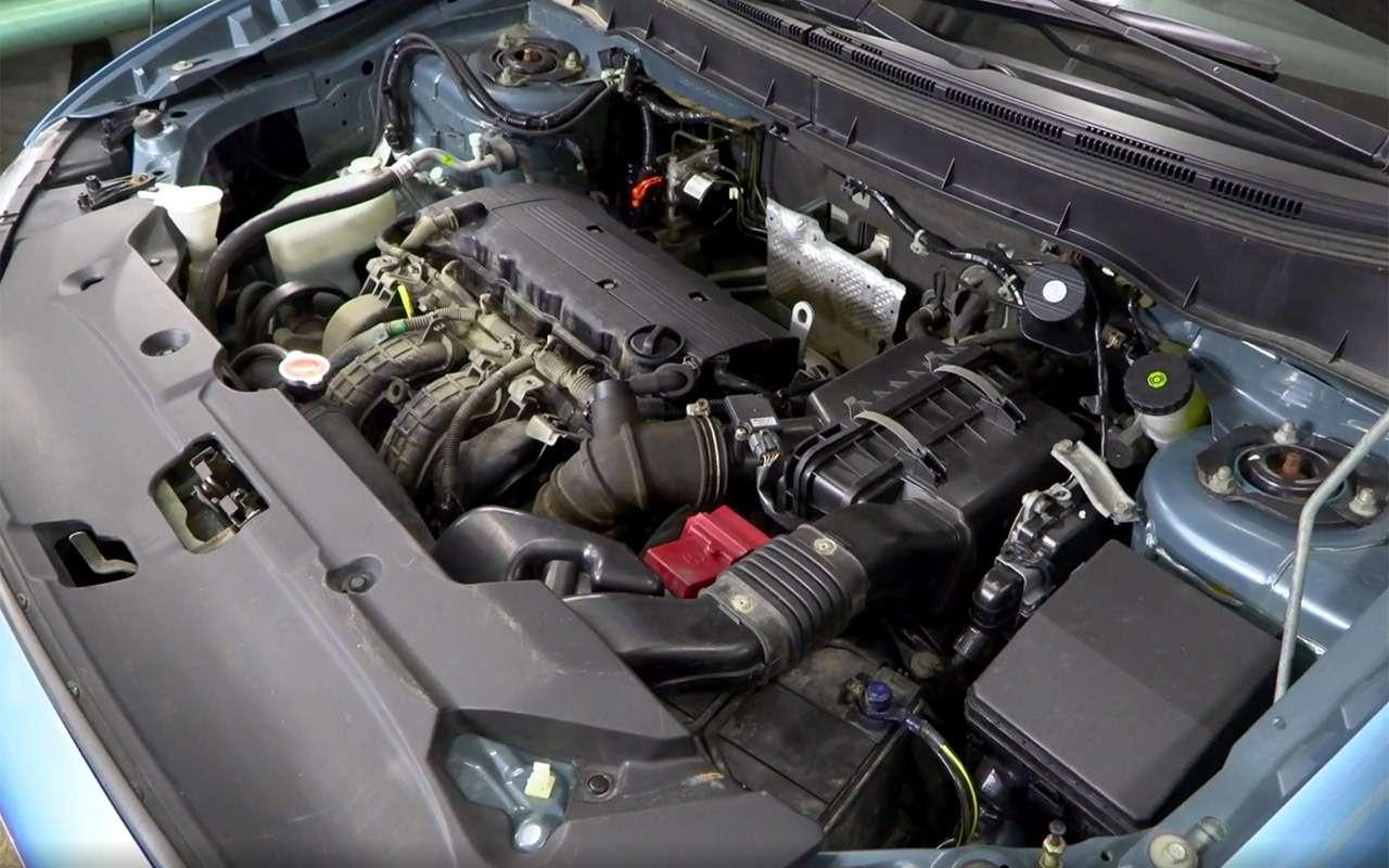 Mitsubishi ASX навторичке: надежные моторы искрипучий салон— фото 1229894