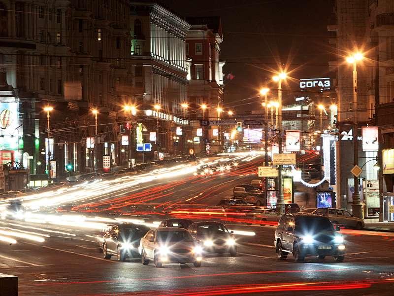 ГИБДД поддержала идею снизить скорость вМоскве до50км/ч