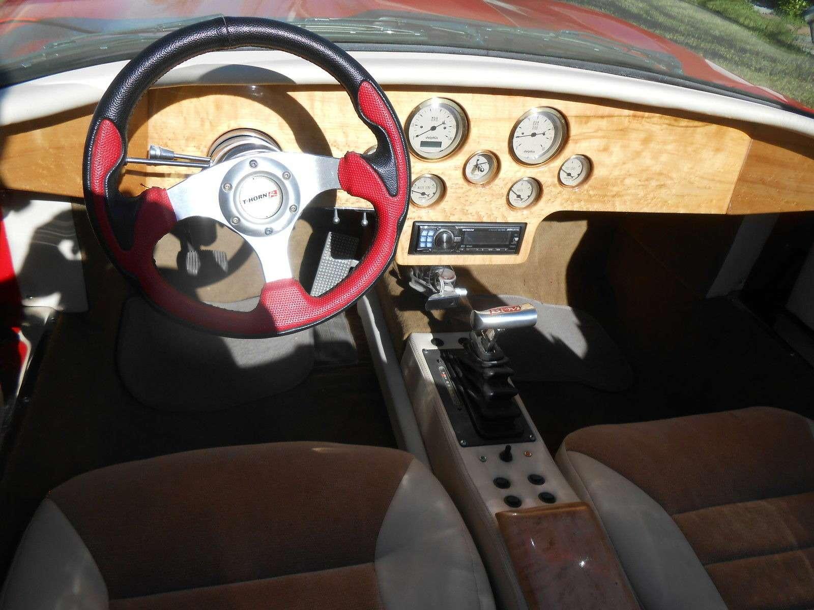 Шокирующая оригинальность: обезображенный Jaguar выставлен напродажу— фото 746614