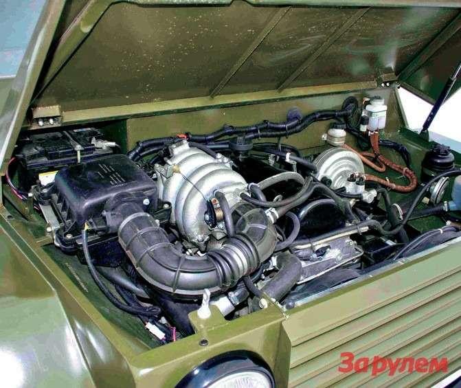 Двигатель в80сил легко разгоняет военный багги до135 км/ч.