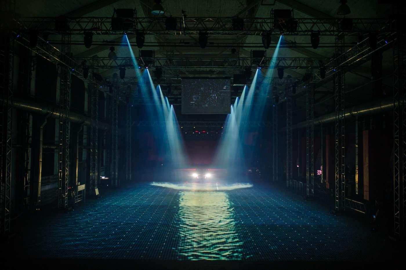 Audi отметила старт продаж А5и S5Coupe вРоссии световым 3D-шоу— фото 665822