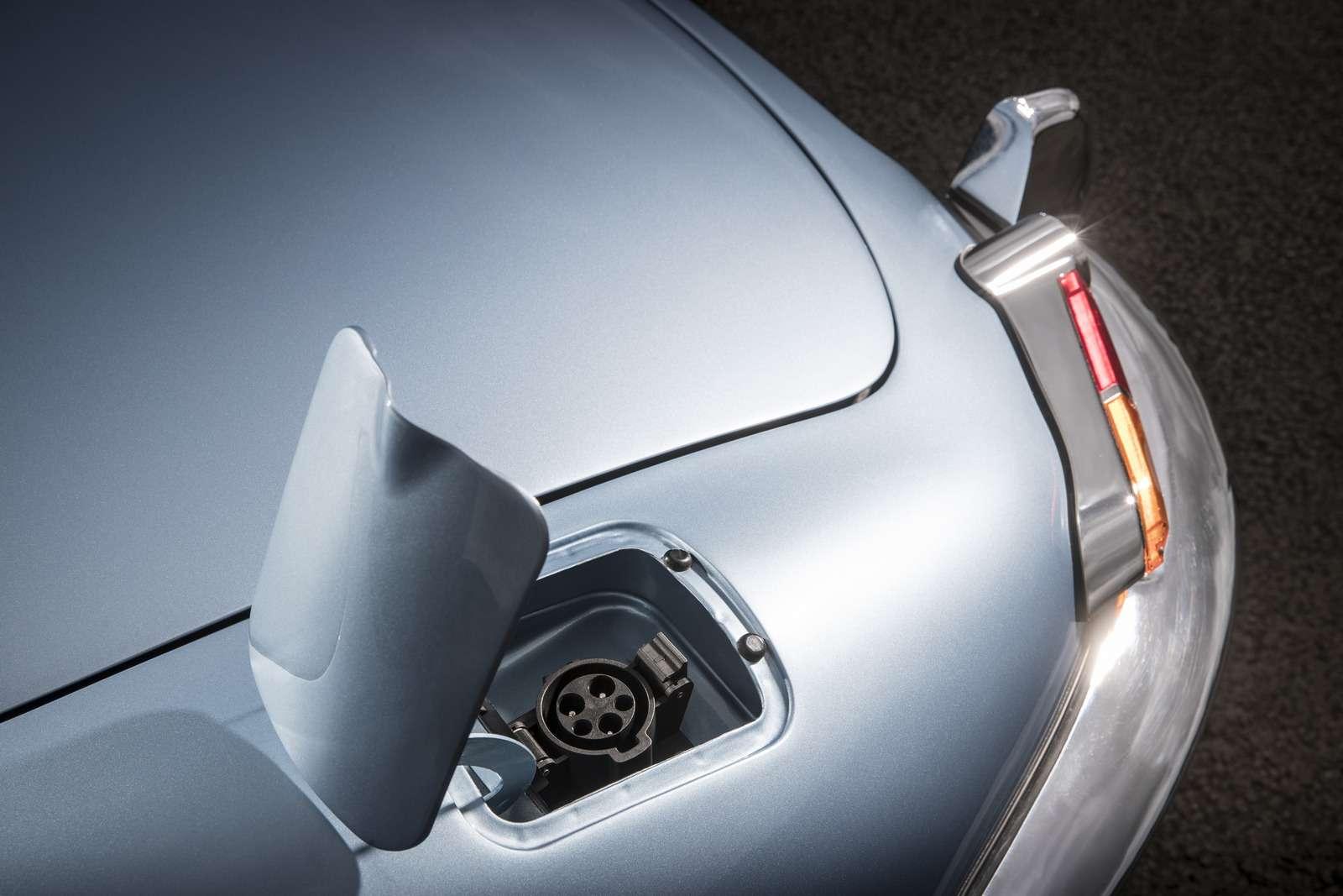 Jaguar Land Rover электрифицирует все свои модели с2020 года— фото 791862