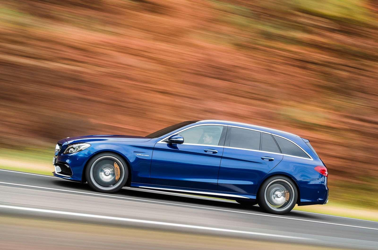 2015-Mercedes-C63-AMG-15
