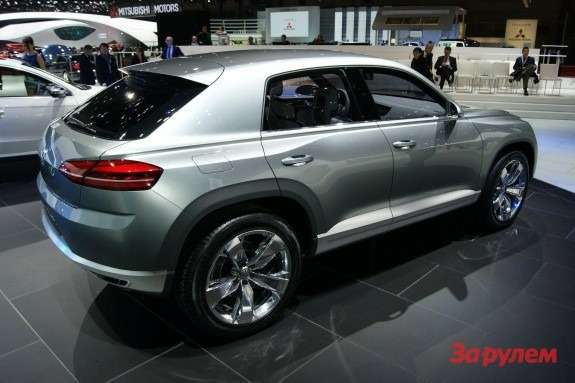 Volkswagen Cross Coupe Concept side-rear view