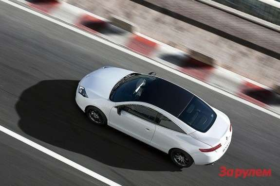 Renault Laguna Coupe top view