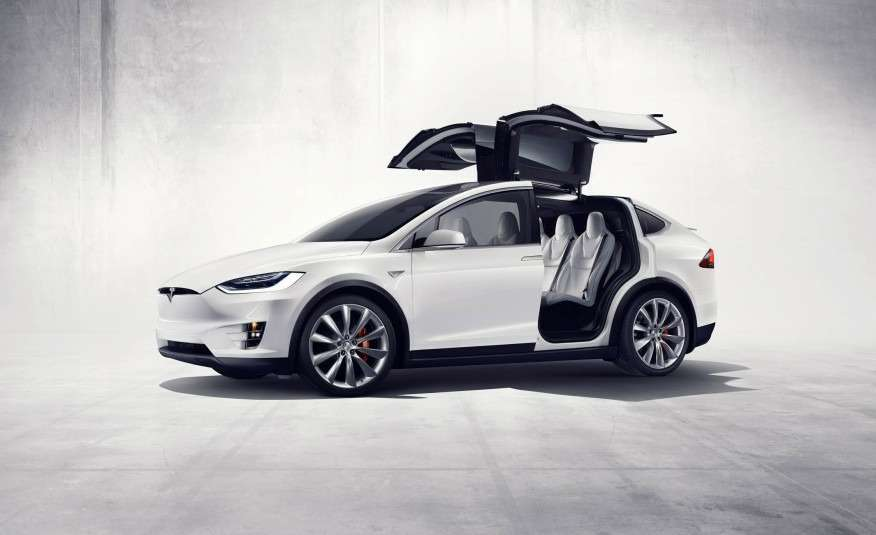 2016-Tesla-Model-X-131-876x535