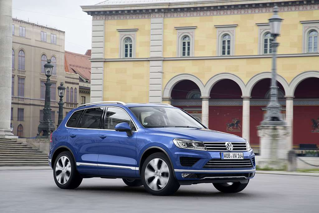 The_New_Volkswagen_Touareg_(1)