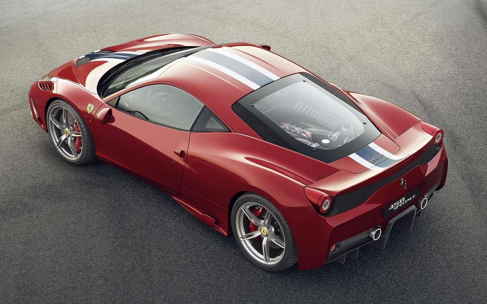 Они назвали ееPista: Ferrari 488 получила трековую версию— фото 847217