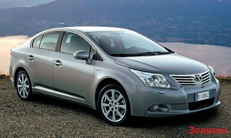 Toyota Avensis 1.8 5МТ
